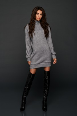 CASUAL SPRING SWEATER