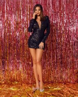sukienka klubowa czarna z cekinami