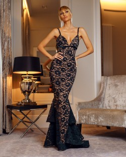 SWEET ROMANTIC - LACE DRESS