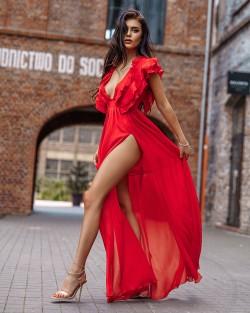RED ANGEL LOVE - CZERWONA...