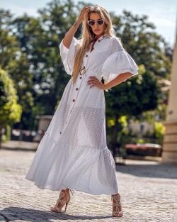 Biała haftowana sukienka