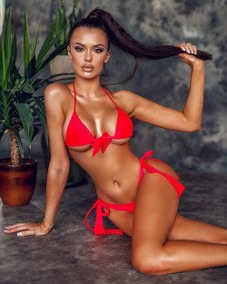 VARALI RED SWIMSUIT -STANIK