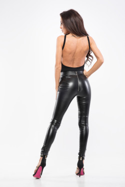 LEATHER ZIPPER PANTS